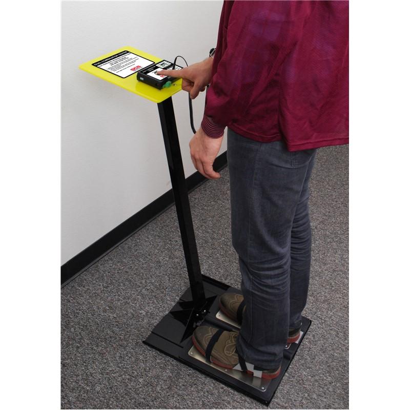 instructions on use a nylon pad holder on a polivac