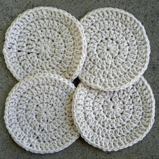 instructions for small crochet coaster