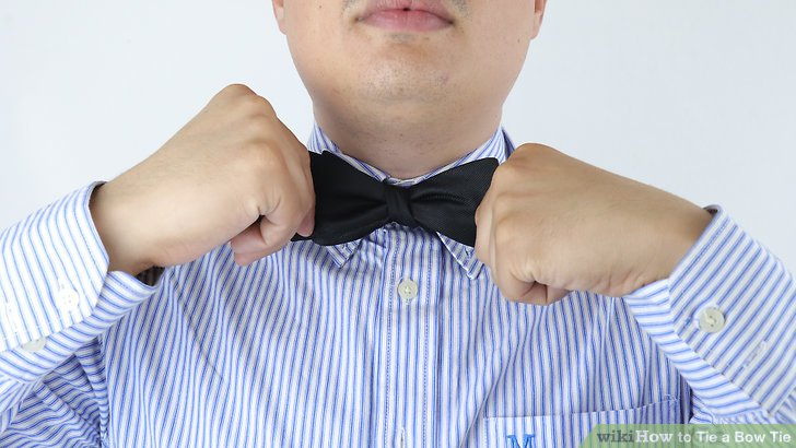step instructions on how to do a real bow tie